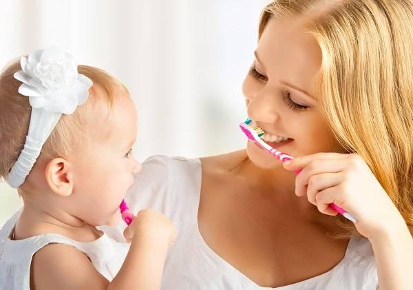 خطوات ونصائح للعناية بأسنان الطفل الرضيع, العناية بأسنان الطفل الرضيع, العناية بالطفل الرضيع,