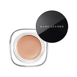 photo fustany-beauty-makeup-15 of the Best Concealers Every Makeup Addict Should Try-14_zpsebofjecn.jpg