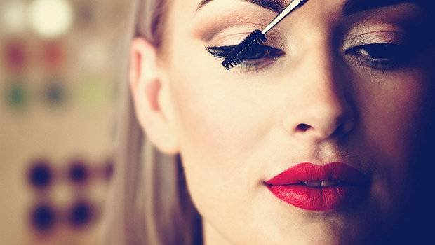 Header image article main fustany 5 things you should do before applying makeup ar
