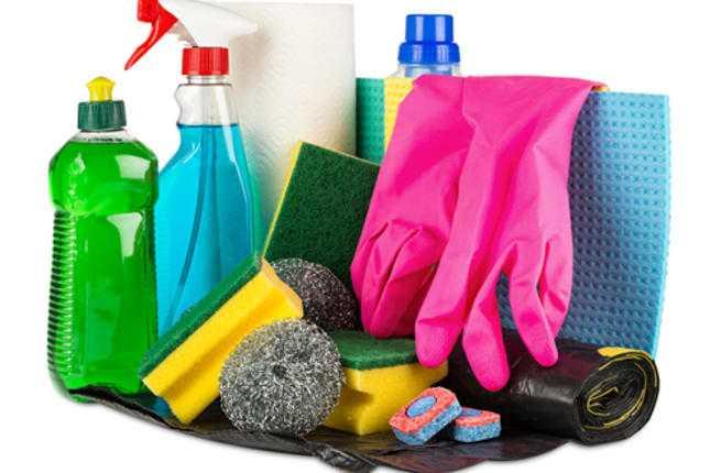 يمكن الاستفادة من سائل تنظيف الصحون في جميع أنحاء منزلك