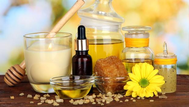 Header image the many health and beauty benefits of castor oil ar fustany main image